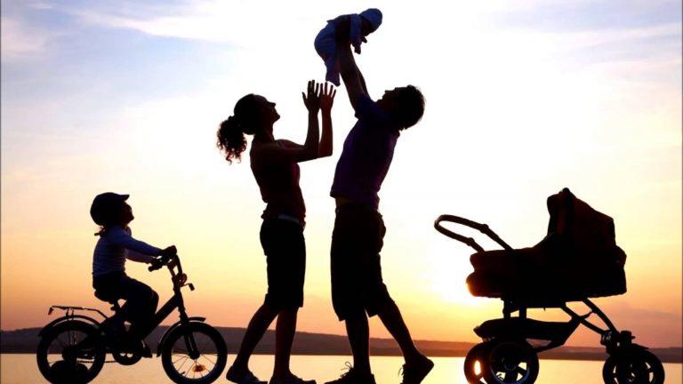 A identidade da criança: se você não marcar seus filhos, a sociedade o fará
